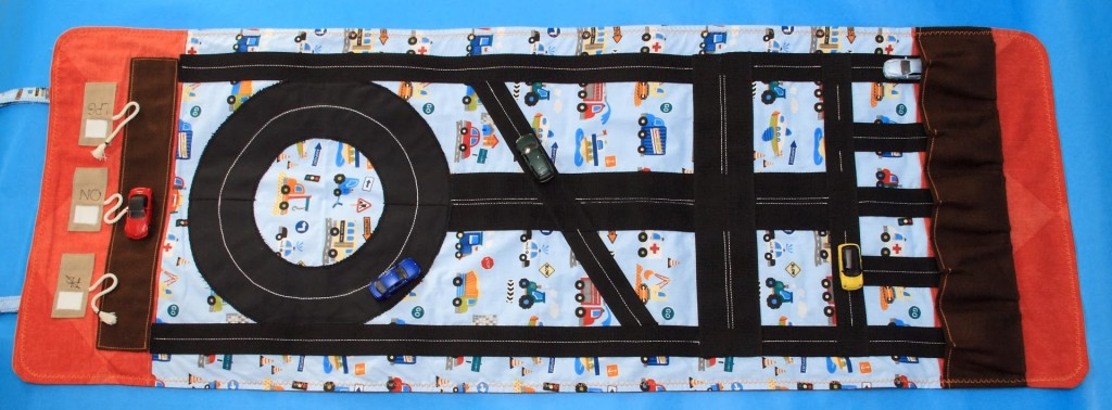 Roll-up Car Play Mat foto_1 (Large)